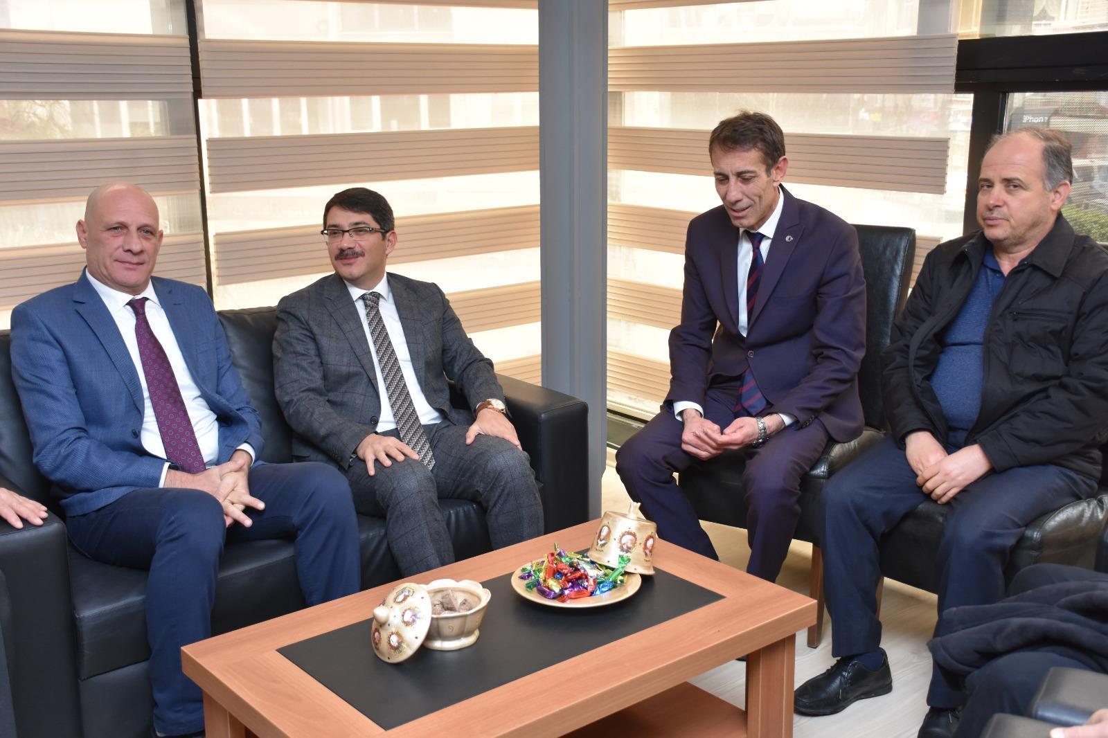 Şehzadeler Belediye Başkanı ve Cumhur İttifakı Şehzadeler Adayı Ömer Faruk Çelik'ten Sivil Toplum Kuruluşlarına Ziyaret